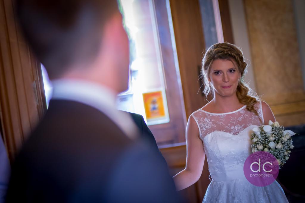 Hochzeitsfotografie - Der erste Blick - Hochzeitsfotograf Hanau dc - photodesign