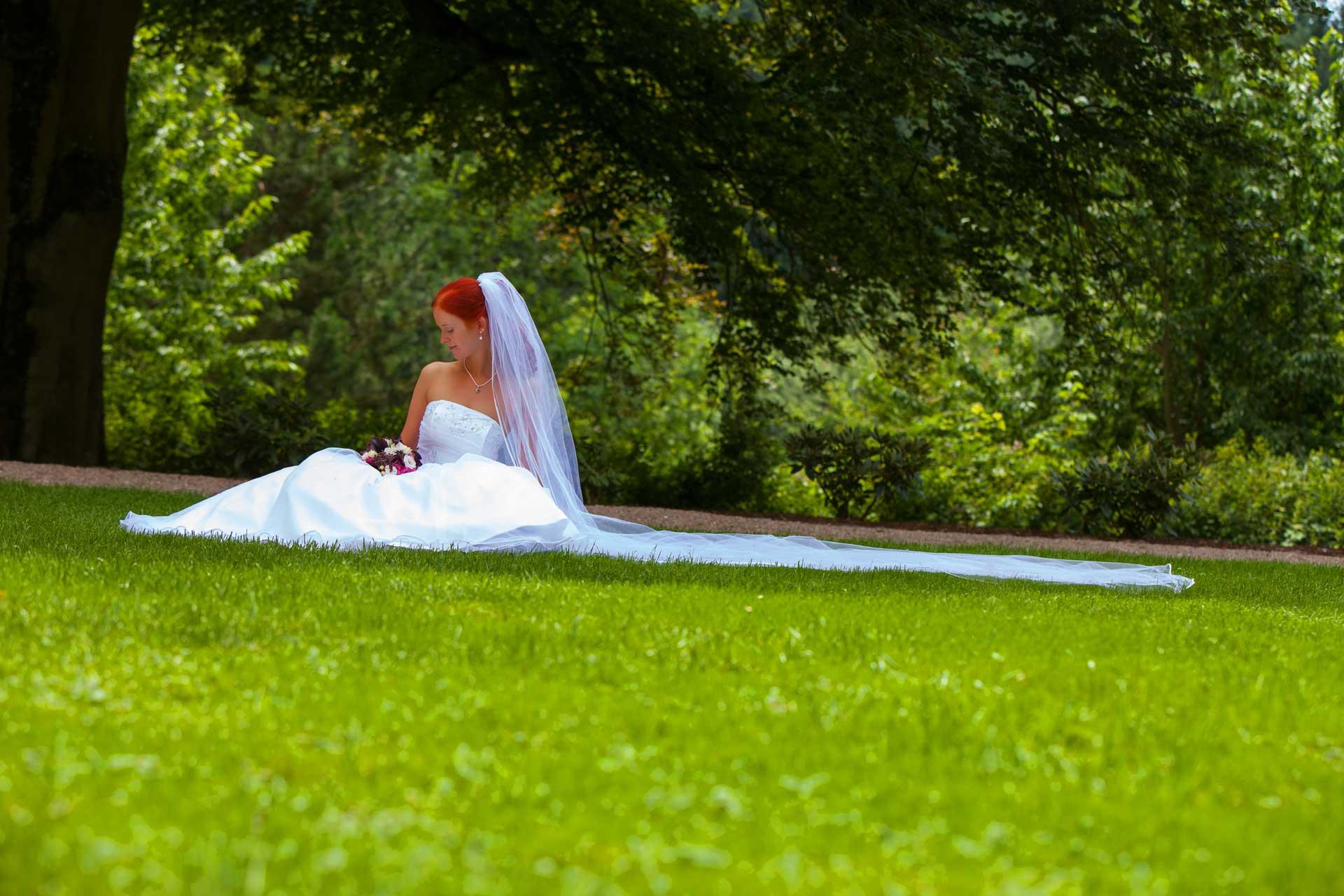Hochzeitsfotografie auf Schloss Neuhaus - Hochzeitfotograf Hanau